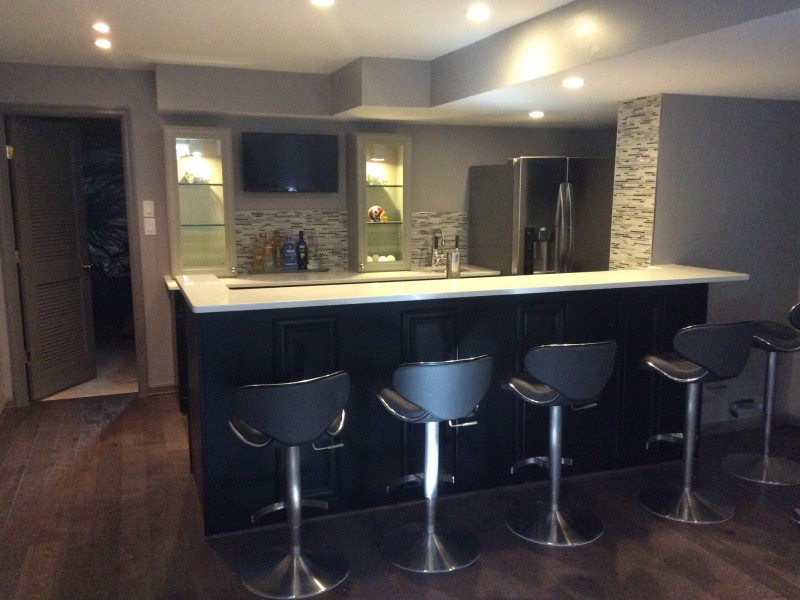 basement_bar_2
