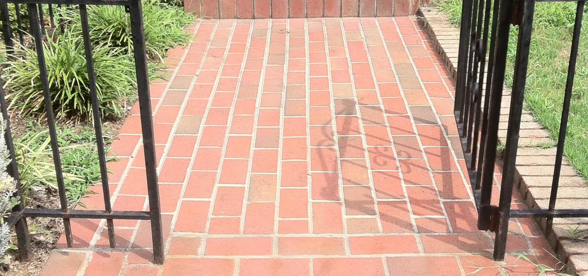 brick_walk_way